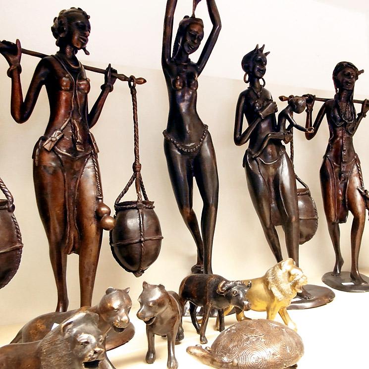 Bronze- u. Gelbgussfiguren