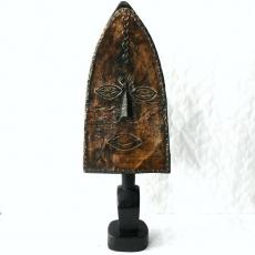Reliquien-Wächter-Figur Ndumu oder Obamba vom Stamm der Bakota.