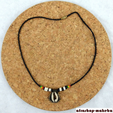 Glasperlen-Ketten mit Kauri-Anhänger, Reggae-Farben-Perlen & Fischbein