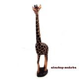Giraffe, Afrikanische Tierfigur aus Odum-Holz (Iroko, afrikanisches Teakholz), groß