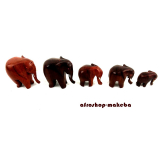 Elefantenfamilie aus Afrika, 5 Elefanten aus Ebenholz, Rüssel nach unten