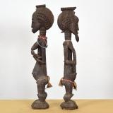 Traditionelle afrikanische Figuren, Paar, Männliche Ahnenfigur blolo bian und Weibliche Ahnenfigur blolo bla- Baule - Elfenbeinküste
